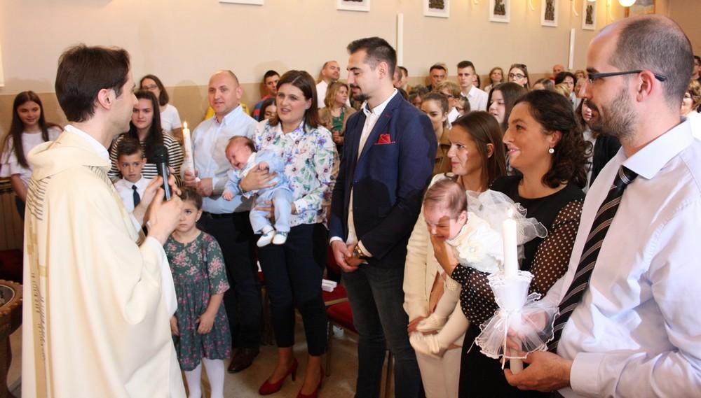 13 krstenje sestog djeteta