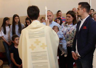 12 krstenje sestog djeteta